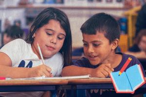 Sabia que escrever à mão desenvolve o cérebro?